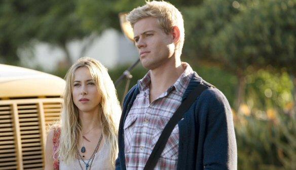 interview with 90210's Trevor Donovan